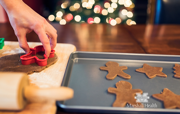 How to Avoid Emotional Eating During the Holidays